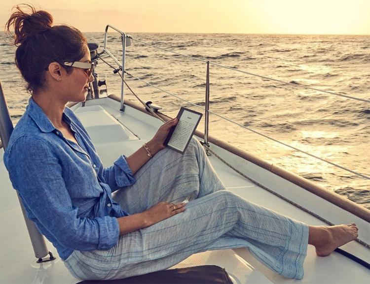 Фото - Ридер Amazon Kindle Oasis имеет влагозащищённое исполнение»